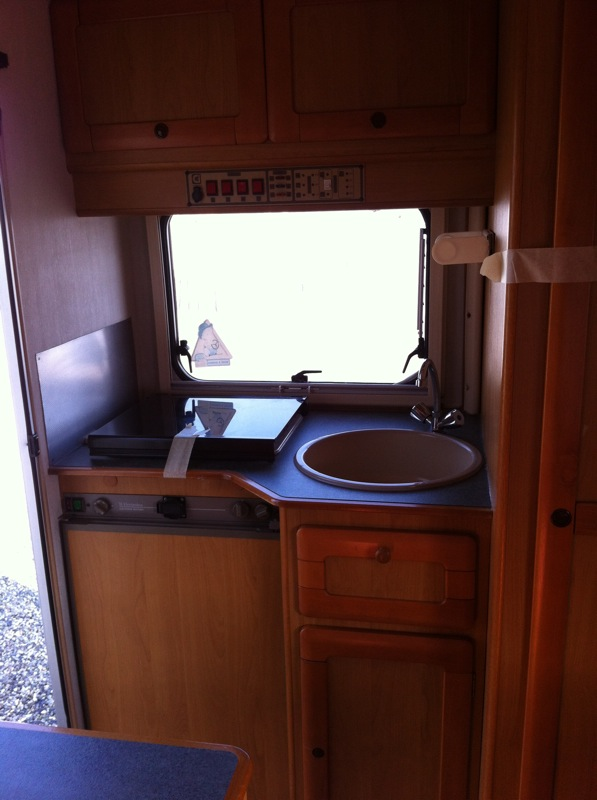 Camper usato ci ford transit mansardato in emilia romagna for Arredamento usato reggio emilia