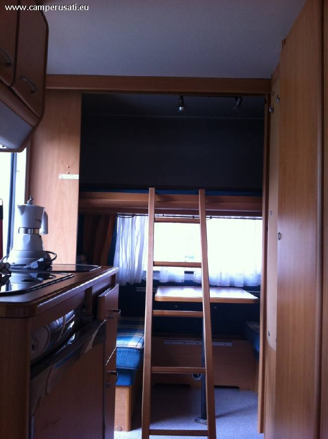 Camper usato knaus sudwind 400 tk roulotte in emilia for Arredamento usato reggio emilia