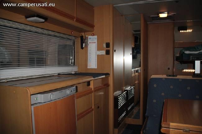 Camper usato arca europa 92 mansardato in emilia romagna for Arredamento usato reggio emilia