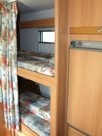 Camper usato rimor europeo 78 mansardato in emilia romagna for Arredamento usato emilia romagna