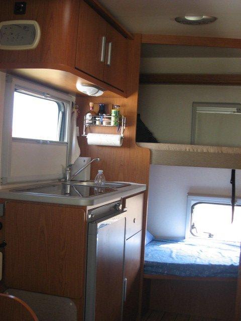 Camper usato blucamp sky11 semintegrale in emilia romagna for Arredamento usato emilia romagna