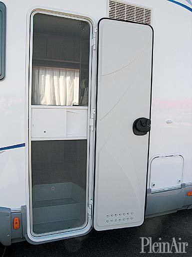 Camper usato mc louis tandy mac louis plus 620 mansardato - Zanzariera mobile ...